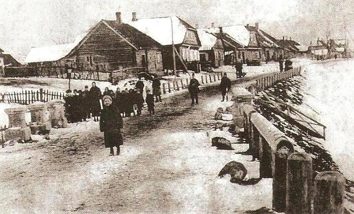 Į nepriklausomą Lietuvą Širvintos įžengė kaip lūšnomis apstatytas vienos gatvės miestelis.