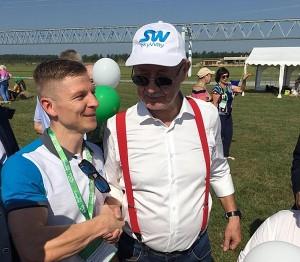 """Širvintiškis Valentinas Kuročkinas ir projekto """"SkyWay"""" vadovas Anatolijus Junickis."""