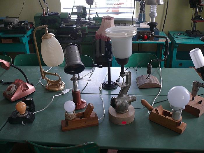 Stalinių lempų įvairovė