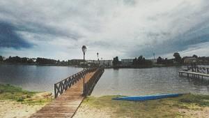 """Už ES lėšas tvarkant viešąsias erdves Širvintose atsiras pėsčiųjų tiltas per """"marias"""" į miesto paplūdimį."""
