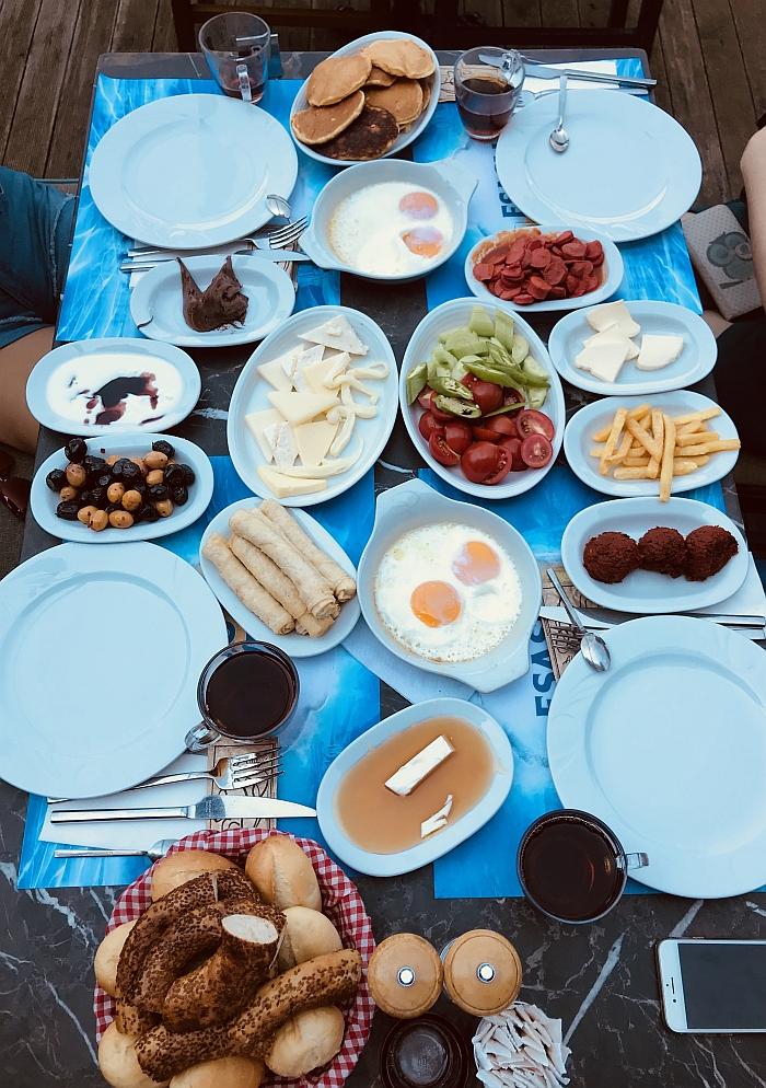 Klasikiniai turkiški pusryčiai