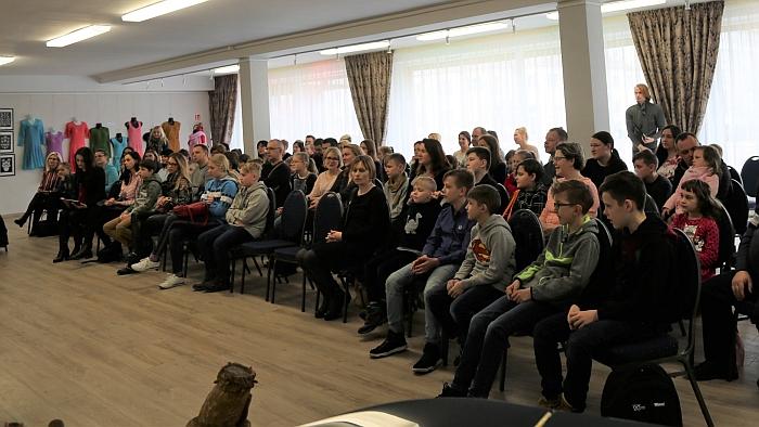 """Įsteigtas tarptautinis vaikų universitetas """"Alfa"""" sulaukė didžiulio širvintiškių susidomėjimo."""
