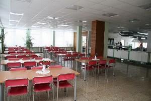 Belieka tik tikėtis, kad po kelerių metų, kai statybos jau bus baigtos, valgykloje dar liks mokinių, kurie galės džiaugtis naujomis patalpomis.