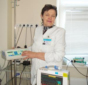 """Nijolė Vasiliauskienė - VšĮ """"Širvintų ligoninė"""" Priėmimo-skubios pagalbos, reanimacijos, dienos chirurgijos skyriaus vyr. slaugytoja."""