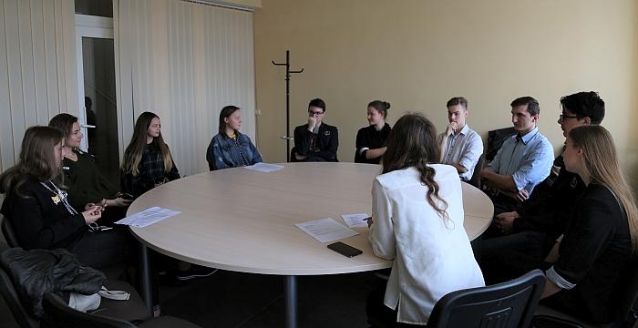 Darbas grupėse