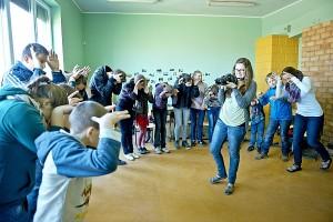Centro patalpose aidėjo vaikų klegesys, giesmės, vyko žaidimai bei nuotaikingi užsiėmimai.