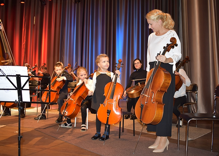 kartu su mažąja dukryte koncertavo ir Administracijos direktorė Ingrida Baltušytė-Četrauskienė