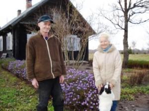 """""""Dabar gerokai laisviau. Apsiruoši žmogus apie ūkį, pamaklinėji po laukus ir - vidun"""", - sako nuolatiniai """"Širvintų krašto"""" skaitytojai Antanas ir Laimutė Stundžiai."""