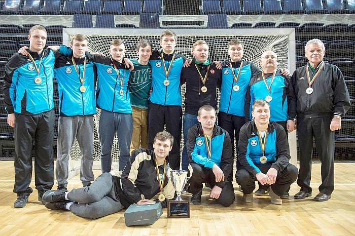 Širvintų vyrų komanda - šalies uždarųjų patalpų riedulio čempionė.